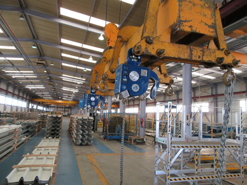 ArcelorMittal Uses Elebia Automatic Hooks for Safe Handling of Steel Profiles